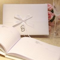 Ivory Double Heart Guest Book  http://www.aromaroma.co.uk/shop/article_APWED214/Ivory-Double-Heart-Guest-Book.html?shop_param=cid%3D1%26aid%3DAPWED214%26