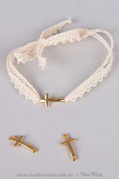 Ρομαντικό ύφος και δαντελοκορδέλα για τα μαρτυρικά της βάπτισης. Maura, Christening, Diy Jewelry, Charms, Bracelets, How To Make, Baby, Gifts, Fashion