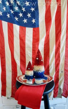 Happy Vintage Fourth of July - #july4th #vintage #decor