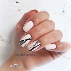 Wedding Nails-A Guide To The Perfect Manicure – NaiLovely Simple Nail Designs, Colorful Nail Designs, Nail Art Designs, Hot Nails, Hair And Nails, Nagel Bling, American Nails, Nagellack Trends, Geometric Nail