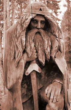 https://flic.kr/p/Ba4Kv | Tewdrig in Sepia | Saint Tewdrig was a 7th century King of Glywysing (Glamorgan) and Gwent in South Wales who was martyred fighting the Anglo-Saxons. Here he is sculpted in wood at Tintern Station