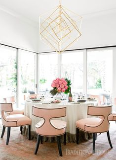 Dining Room by Kara Cox Kara Cox's vision for the dining room offers a modern-day palette—and a bit of throwback. Decor, Fabric Dining Room Chairs, Dining Room Interiors, Living Room Decor Neutral, Room Inspiration, Dining Room Decor Country, Elegant Dining Room, Chic Dining Room, Elegant Decor