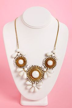 Don't be afraid to rock big statement necklaces! They're perfect for any Cinco de Mayo celebration! #accessories #cincodemayo