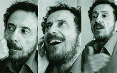 """Logo no primário, Tom Zé encontrou a beleza da vida. Na pequena escola de Irará, na Bahia, conheceu professores que lhe abriram a alma, como o ecologista Arthur de Oliveira. """"Meu professor Artur realmente abriu minha alma, lá na na escola pública de Irará. Ele era ecologista, falava do sol , da beleza de viver....<br /><a class=""""more-link"""" href=""""https://catracalivre.com.br/geral/educacao-3/indicacao/na-escola-tom-ze-descobriu-a-importancia-da-vida/"""">Continue lendo »</a>"""
