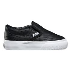 Shop bestselling Baby's Shoes at Vans including Infant Slip Ons, Authentics, Low Top, High Top Shoes & More. Shop Baby Shoes at Vans today! Toddler Boy Fashion, Toddler Boy Outfits, Toddler Shoes, Toddler Boy Style, Girl Outfits, Luxury Kids Clothes, Cool Kids Clothes, Kids Clothing, Toddler Boy Clothing