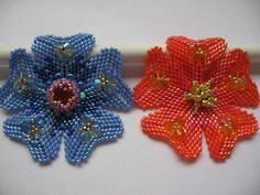 Tutorial Peyote Flower Pendant. Pattern to by ButterflyBeadKits