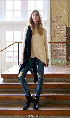 Oversize knit sweater, jeans, ankle boots, casual chic