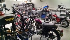 Triumph Classic Motorcycles, British Motorcycle Restoration Projects, Costa Mesa, CA