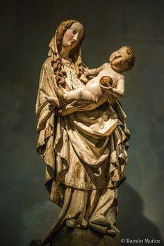 Virgen. Galería Nacional de  Praga.  1420 1430