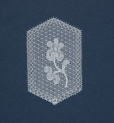 modern Mechlin by Cissy Carlbaum Bobbin Lacemaking, Lace Making, Lace Patterns, Modern, How To Make, Dreams, Costumes, Pillows, Clothing