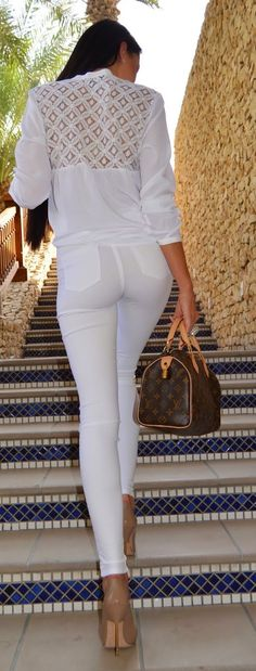 Spring Street Style Chic / karen cox. White Simplicity Outfit Idea