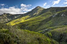 Robinson's Pass and the Outeniqua Mountains South Africa. BelAfrique your personal travel planner - www.BelAfrique.com