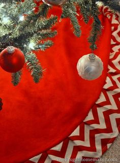 Christmas Craft Showcase: DIY Red & White Chevron Christmas Tree Skirt - The Frugal Homemaker