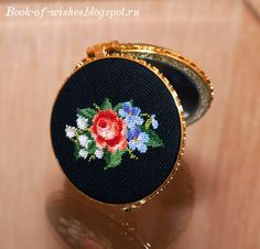 Vintage compact mirror Petit Point Needlework Ellen Maurer-Stroh / Roses and Violets Series 3