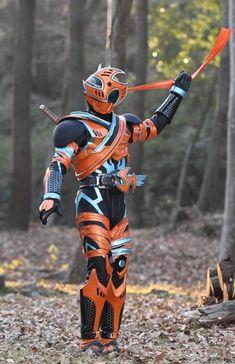 ( Minato and Kushina are. Kamen Rider Decade, Kamen Rider Series, Godzilla, Kamen Rider Zi O, Anime Cat, Manga Artist, Marvel Entertainment, Power Rangers, Popular Memes
