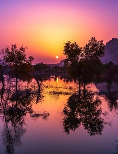 Dusk Till Dawn, Water Lighting, Celestial, Sunset, Outdoor, Outdoors, Sunsets, Outdoor Games, The Great Outdoors