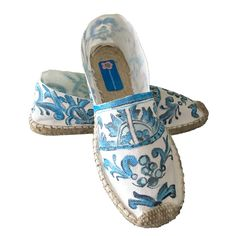 Organic cotton espadrilles painted talavera mexican, beach sandals baroque shoes, beach modern espadrilles 2017, vegan sandals via ClaudiaCordero. Click on the image to see more!