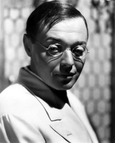 Today Marks the birthday of one of the all time greatest most underrated and imitated actors of all time! The great Peter Lorre born . Hollywood Actor, Golden Age Of Hollywood, Vintage Hollywood, Classic Hollywood, Charlie Chan, Peter Lorre, Pulp, Classic Movies, Film Movie