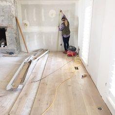 "Bleached white oak Hallmark ""Alta Vista Laguna"" wood floors (engineered hardwood) throughout whole house + kitchen Modern Wood Floors, Living Room Hardwood Floors, Hardwood Floor Colors, White Oak Floors, Engineered Hardwood Flooring, Light Hardwood Floors, Hardwood Types, Timber Flooring, Home Renovation"