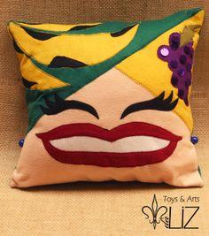 Almofada Carmem Miranda Toys & Arts da Liz
