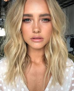 Pinterest: nerualedaj Brown Blonde Hair, Dark Hair, Golden Blonde, Hair Inspo, Hair Inspiration, Inspo Cheveux, How To Cut Your Own Hair, Piel Natural, Pinterest Hair