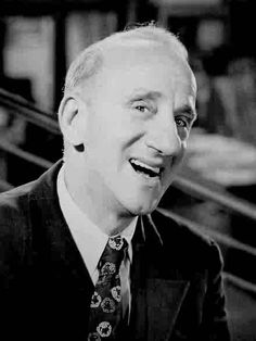 "Jimmy Durante (comic, ""singer"") - Died January 29, 1980. Born February 10, 1893. An American singer, pianist, comedian, and actor. His distinctive clipped gravelly speech, New York accent, comic language butchery, jazz-influenced songs, and large nose helped make him one of America's most familiar and popular personalities of the 1920s through the 1970s."