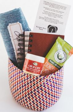 The wander themed Artisan box. A subscription you can feel good about.