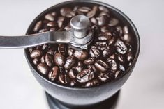 The 5 Best Manual Burr Coffee Grinders of 2019 Coffee Maker With Grinder, Best Coffee Grinder, Manual Coffee Grinder, Best Coffee Maker, Coffee Grinders, Ground Coffee Beans, Cold Brew Coffee Recipe, Cold Brew Coffee Maker