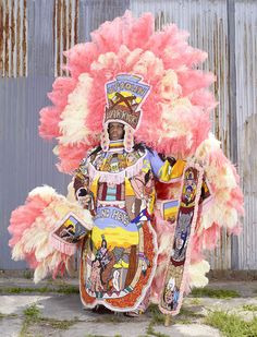 Carnival and other masquerade celebrations in the Americas honor African, Indigenous, and European roots—and take jabs at former oppressors. Costume Fleur, Costume Ethnique, Carnival Masks, Carnival Ideas, African Traditions, Carnival Outfits, Mode Costume, New Orleans Mardi Gras, Folklore