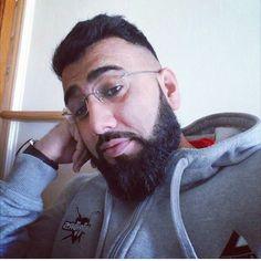 #selfie#beardgang#beardgains#beardoil#beardporn#sunnahgang#beardonpoint#barber#skinfade#hairdresser#haircut#freshtrim#hoody#gains#fitnessfreak#lifting#exercise#gymfreak#muscle#fade#art#geek#beardoil#beardgrowth#asian#desi#punjabi#pogonophile#myworld by khurram_ahmed_