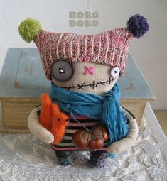 Monster Dolls, Textiles, Bizarre, Softies, Art Dolls, Crochet Hats, Teddy Bear, Crafty, Quilts