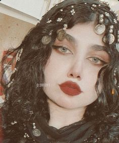 Beautiful Girl Makeup, Beautiful Girl Photo, Fabric Photography, Girl Photography Poses, Cool Girl Pictures, Girl Photos, Countryside Girl, Anime Cosplay Girls, Dark Purple Aesthetic