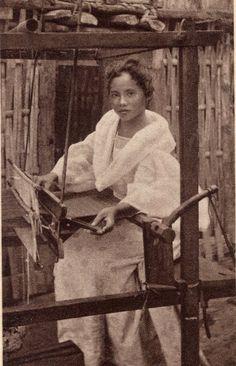 A Filipina weaver.