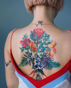 Gorgeous Back Tattoo Designs That Will Make You Look Stunning; Back Tattoos; Tattoos On The Back; Back tattoos of a woman; Little prince tattoos; Floral Back Tattoos, Cool Back Tattoos, Back Piece Tattoo, Pretty Tattoos, Awesome Tattoos, Back Tattoo Girls, Back Tattoos For Women, Back Tattoo Women Upper, Flower Tattoo Back