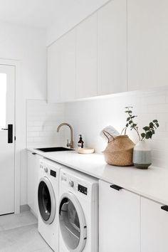 7 Small Laundry Room Design Ideas - Des Home Design Laundry Decor, Laundry Room Organization, Laundry Room Design, Laundry In Bathroom, Storage In Laundry Room, Laundry Closet, Laundry Basket, Organization Ideas, Storage Ideas