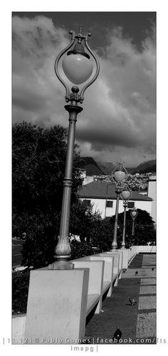 [2012 - Funchal - Madeira - Portugal] #fotografia #fotografias #photography #foto #fotos #photo #photos #local #locais #locals #cidade #cidades #ciudad #ciudades #city #cities #europa #europe #candeeiro #farol #lamp #turismo #tourism @Visit Portugal @ePortugal