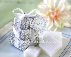 Resultado de imágenes de Google para http://img.alibaba.com/photo/504897270/Mini_Soap_with_gift_box_for_wedding_souvenir.jpg