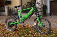 Here is an electric bike made from the frame of a Puch Maxi moped. The builder is a young man named Bernd, who lives in Korneuburg (near Vienna), in the beautiful country of Austria. Although a mop...