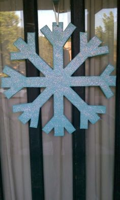 snowflake door decor