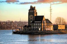#Lotsenhaus #Finkenwerder #Hamburg #EuropaPassage #EuropaPassageHamburg #Moin #welovehh #typischhamburch