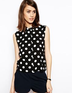 Shop ASOS Sleeveless Boxy Blouse in Spot Print. With a variety of delivery, payment and return options available, shopping with ASOS is easy and secure. Shop with ASOS today. Fashion News, High Fashion, Fashion Outfits, Fashion Trends, My Wardrobe, Passion For Fashion, Fashion Forward, What To Wear, Personal Style