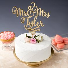 Personalized Cake Topper with Your Names | http://emmalinebride.com/decor/statement-cake-toppers/