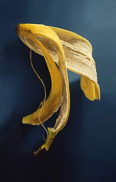 """""""Bananen schil"""" Tjalf Sparnaay - this painting highlights the idea of wasting food but the simplicity of the composition"""