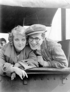 Mildred Davis and Harold Lloyd.Mildred Davis, Harold Lloyd's wife is from Tacoma, and is a Stadium High School graduate. For those of you that don't know, Harold Lloyd and Mildred Davis were famous silent film stars, and were married in real life. Old Hollywood Movies, Golden Age Of Hollywood, Hollywood Stars, Classic Hollywood, Silent Screen Stars, Silent Film Stars, Movie Stars, Harold Lloyd, Actors Male