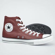 Unisex sko fra Converse som bygger på basketlegenden Chuck Taylor  sko fra 50- tallet.