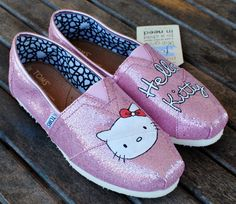 Hello Kitty TOMS.