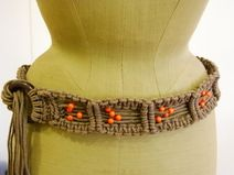 Cinturón de macrame Paracord, Basket Weaving, Herringbone, Friendship Bracelets, Knots, Diys, Beaded Necklace, Belt, Purses