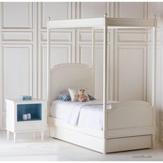 French style twin sized canopy bed