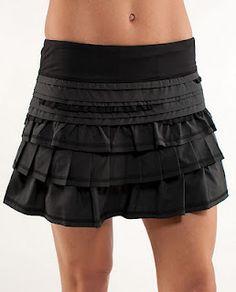 Adorable and comfortable lululemon running skirt. Love it!
