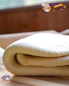 Sfoglia veloce con la ricotta, ricetta base Ricotta, Brick Pastry, Nutella, Vegetable Bread, Pastry Cook, Baker And Cook, Flat Cakes, Cake & Co, Creative Food